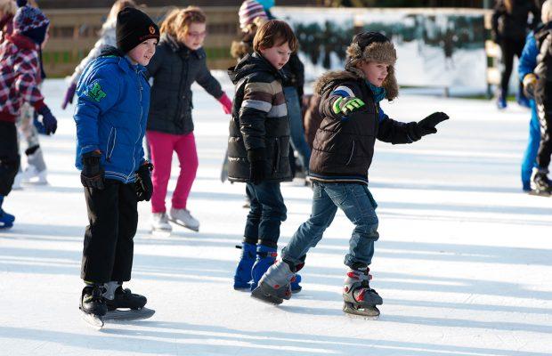 uitgelicht-ijsbaan-schaatsen-op-het-loo